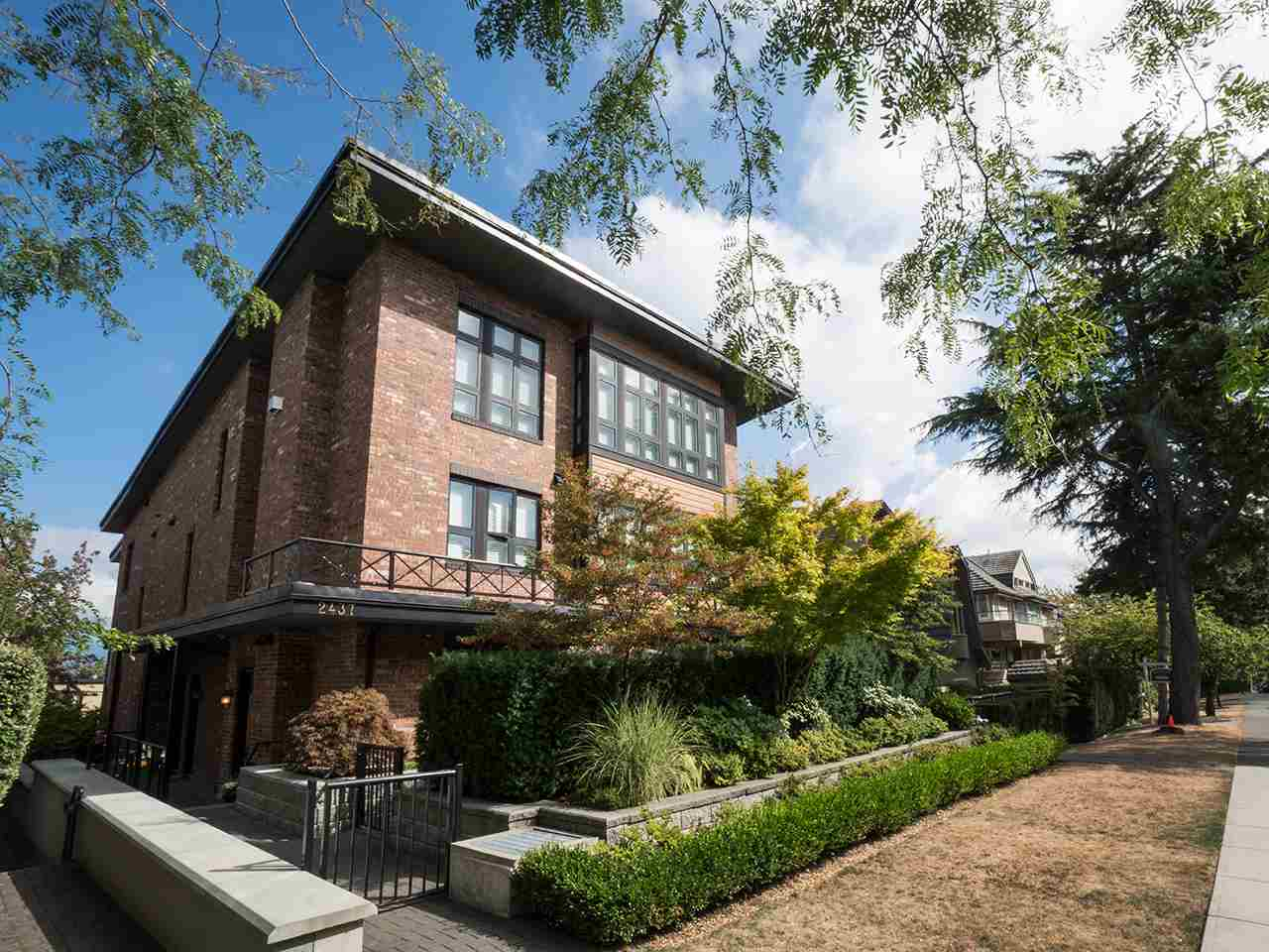 Townhouse at 1 2437 W 1ST AVENUE, Unit 1, Vancouver West, British Columbia. Image 1