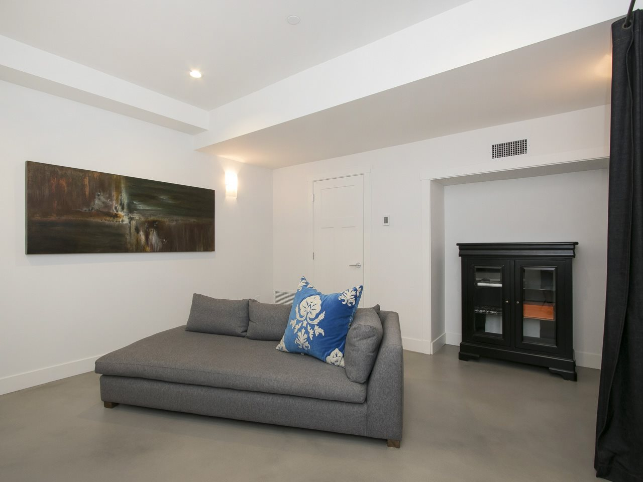 Townhouse at 1 2437 W 1ST AVENUE, Unit 1, Vancouver West, British Columbia. Image 16