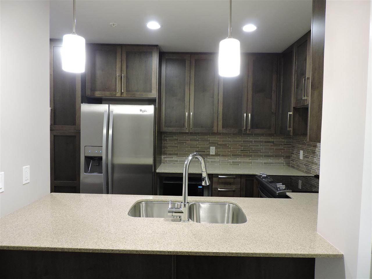 Condo Apartment at 411 2465 WILSON AVENUE, Unit 411, Port Coquitlam, British Columbia. Image 3
