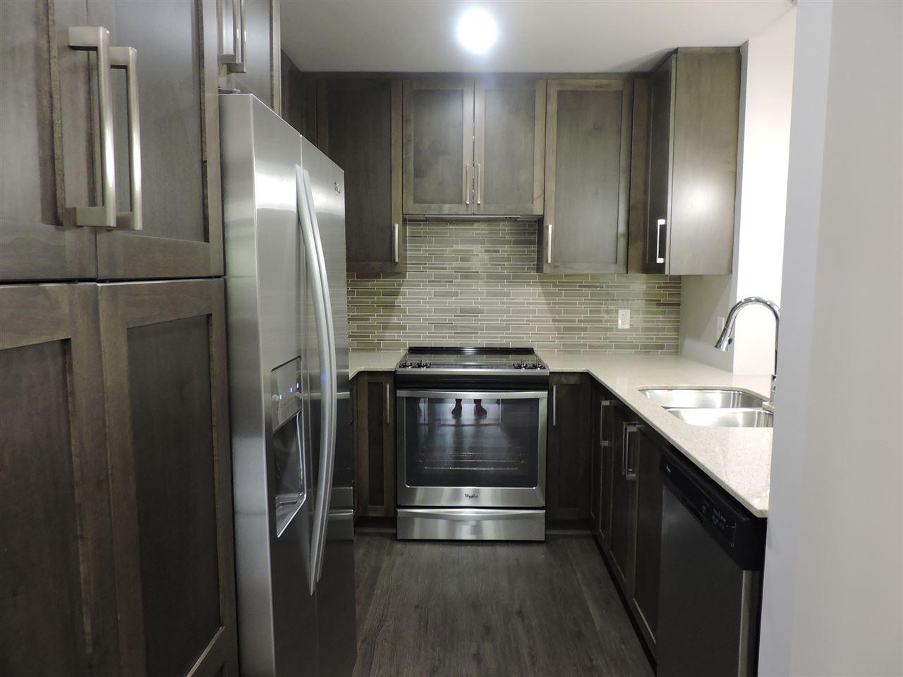 Condo Apartment at 411 2465 WILSON AVENUE, Unit 411, Port Coquitlam, British Columbia. Image 4