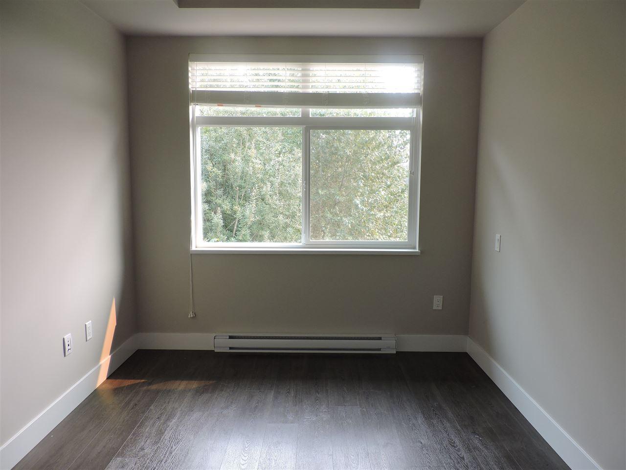 Condo Apartment at 411 2465 WILSON AVENUE, Unit 411, Port Coquitlam, British Columbia. Image 5