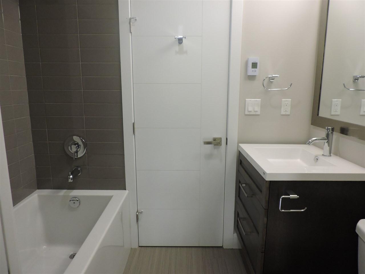Condo Apartment at 411 2465 WILSON AVENUE, Unit 411, Port Coquitlam, British Columbia. Image 8