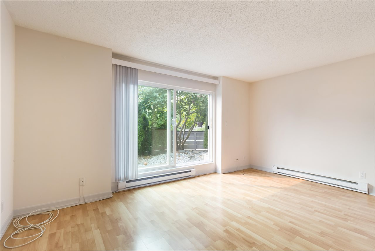 Townhouse at 961 HOWIE AVENUE, Coquitlam, British Columbia. Image 2
