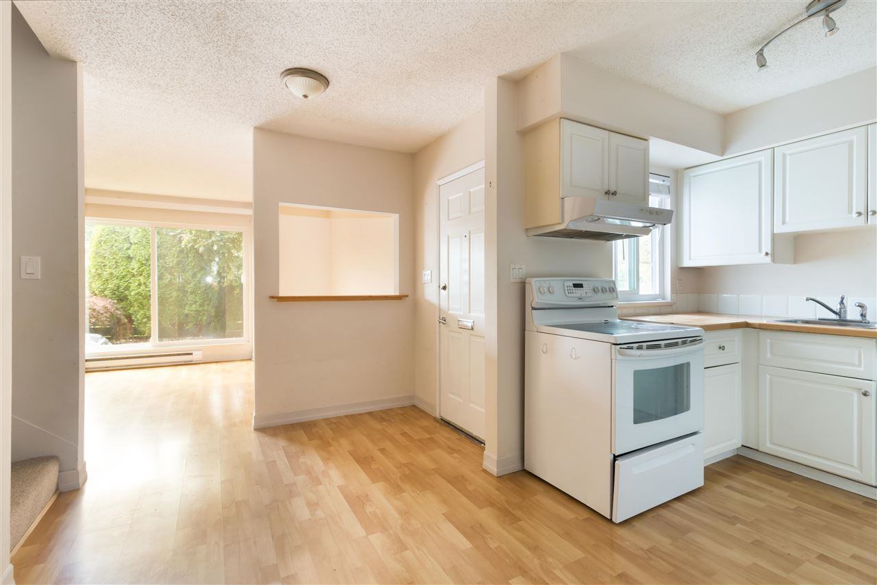 Townhouse at 961 HOWIE AVENUE, Coquitlam, British Columbia. Image 4