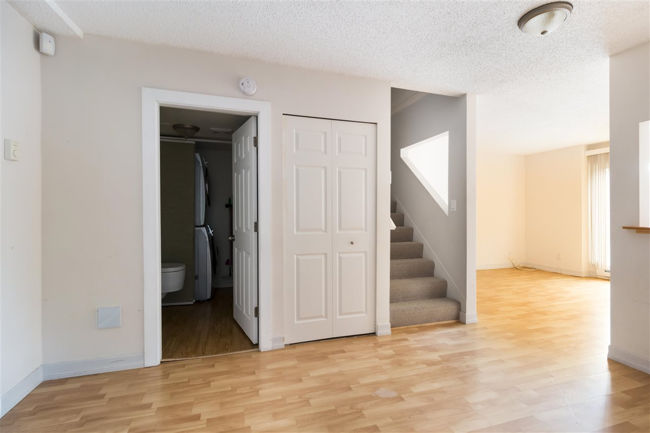 Townhouse at 961 HOWIE AVENUE, Coquitlam, British Columbia. Image 5