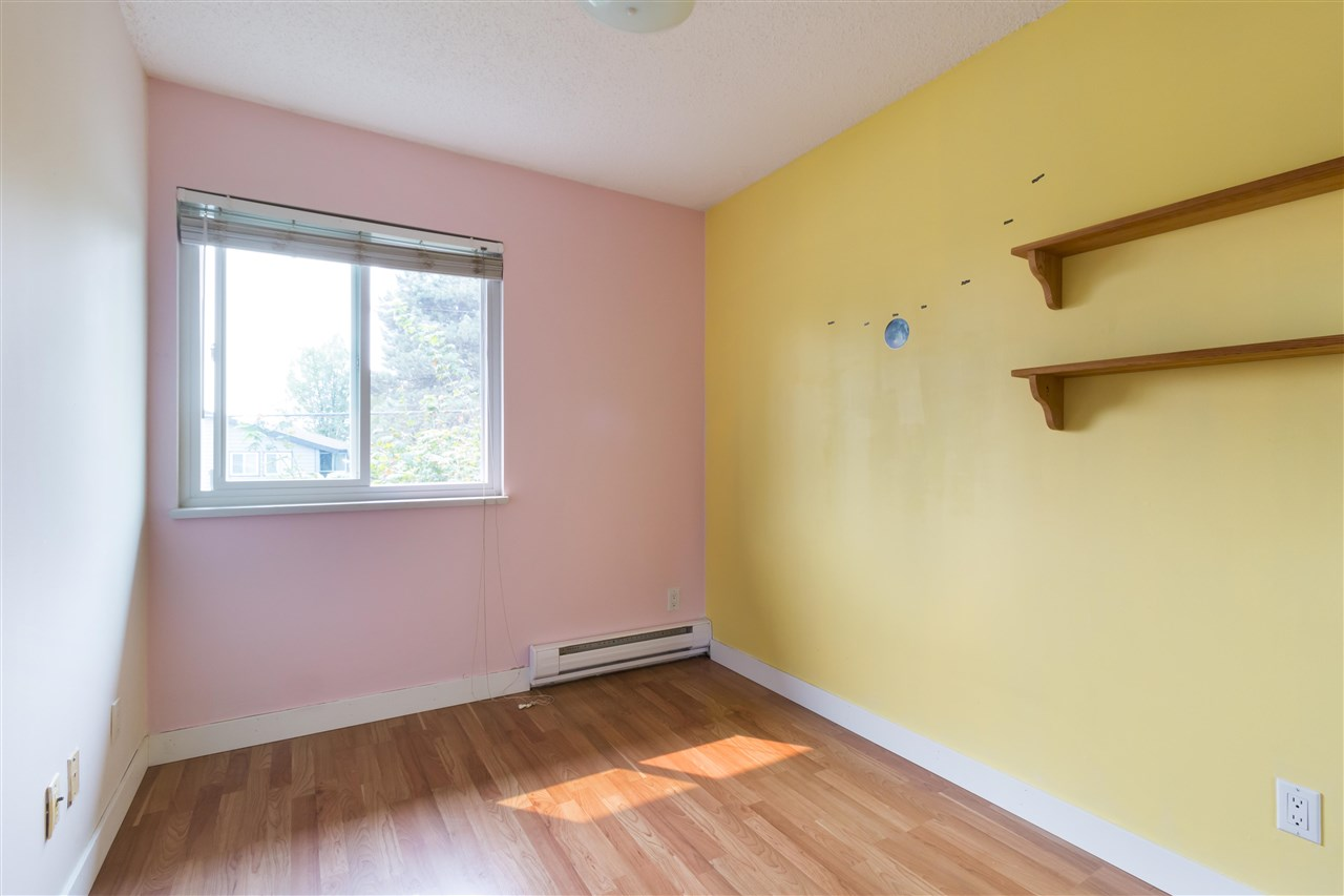 Townhouse at 961 HOWIE AVENUE, Coquitlam, British Columbia. Image 12