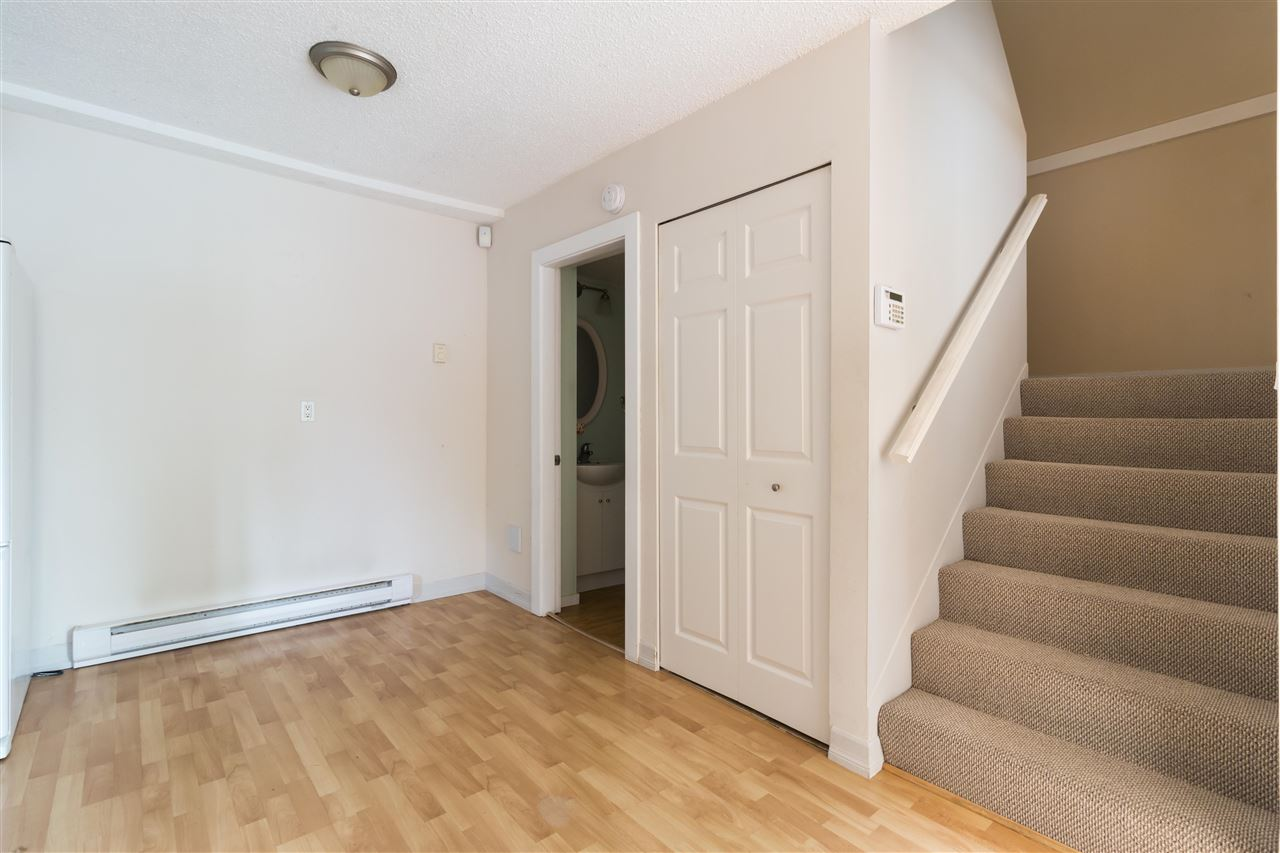 Townhouse at 961 HOWIE AVENUE, Coquitlam, British Columbia. Image 15