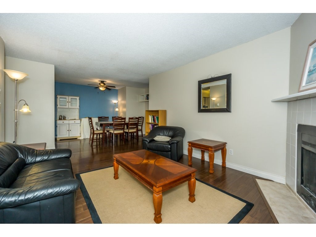 Condo Apartment at 316 10530 154 STREET, Unit 316, North Surrey, British Columbia. Image 4