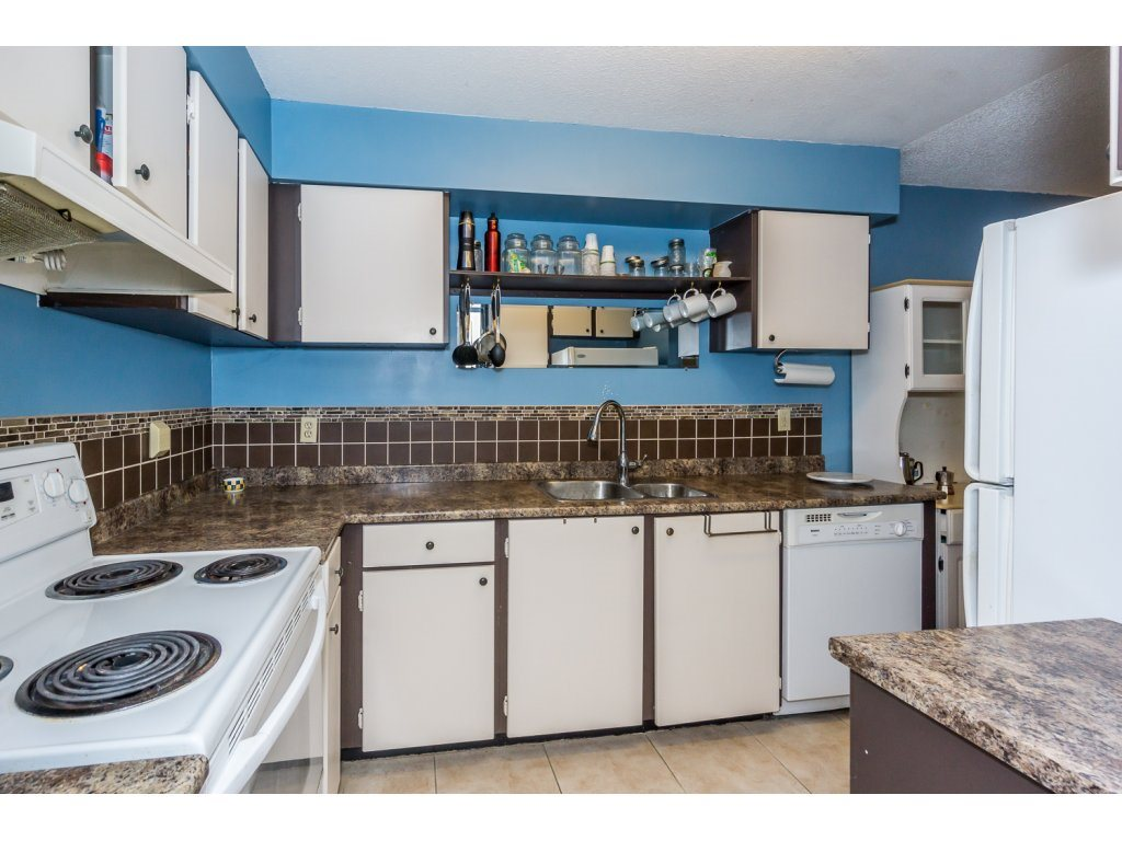 Condo Apartment at 316 10530 154 STREET, Unit 316, North Surrey, British Columbia. Image 10