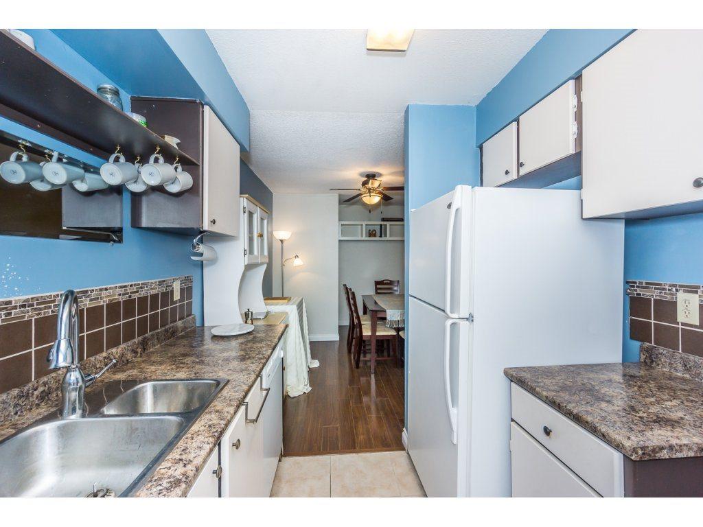 Condo Apartment at 316 10530 154 STREET, Unit 316, North Surrey, British Columbia. Image 12