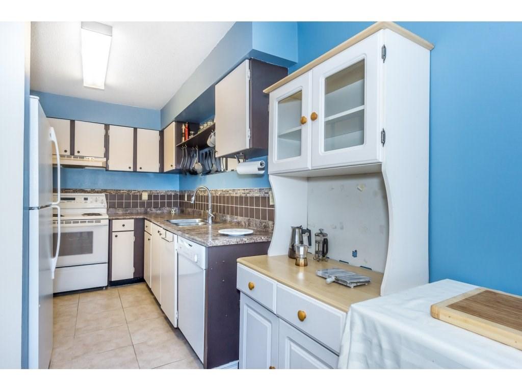 Condo Apartment at 316 10530 154 STREET, Unit 316, North Surrey, British Columbia. Image 13