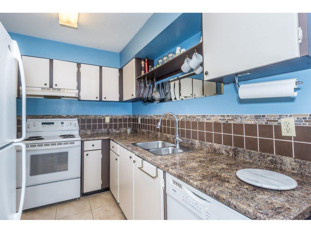 Condo Apartment at 316 10530 154 STREET, Unit 316, North Surrey, British Columbia. Image 14