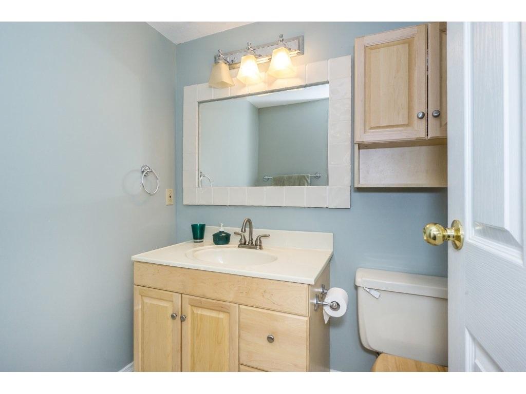 Condo Apartment at 316 10530 154 STREET, Unit 316, North Surrey, British Columbia. Image 17