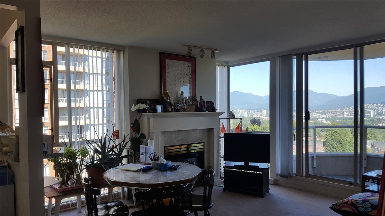 Condo Apartment at 806 4689 HAZEL STREET, Unit 806, Burnaby South, British Columbia. Image 7