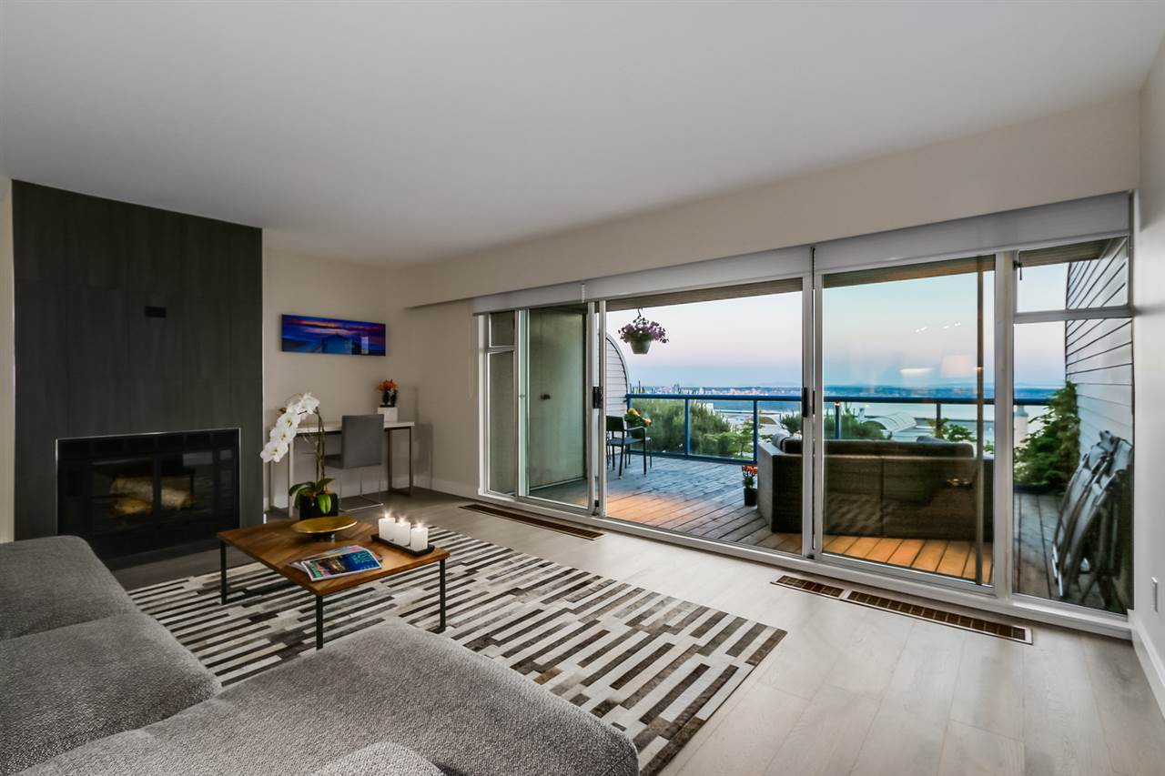 Condo Apartment at 111 2274 FOLKESTONE WAY, Unit 111, West Vancouver, British Columbia. Image 10