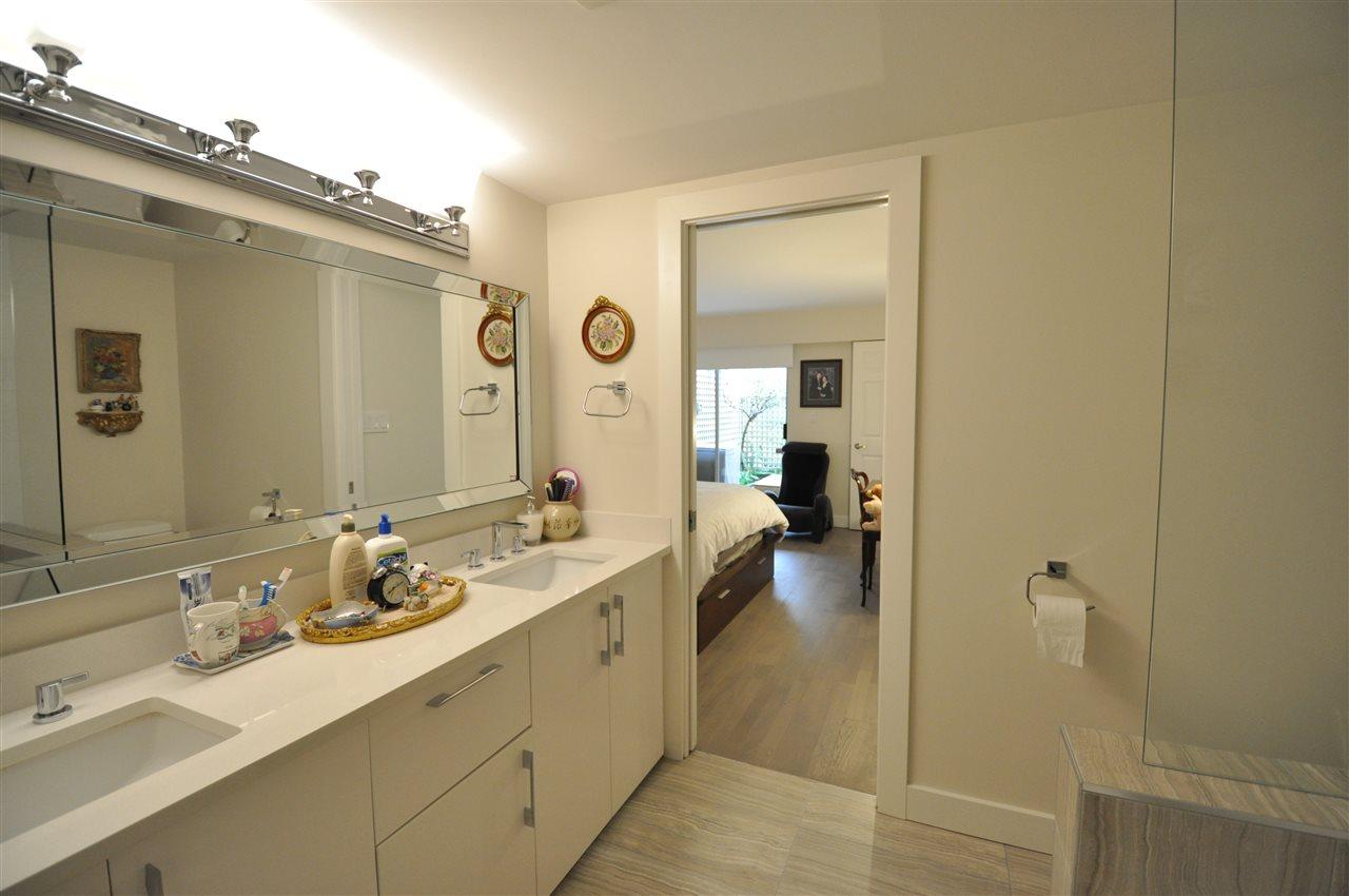 Condo Apartment at 111 2274 FOLKESTONE WAY, Unit 111, West Vancouver, British Columbia. Image 15