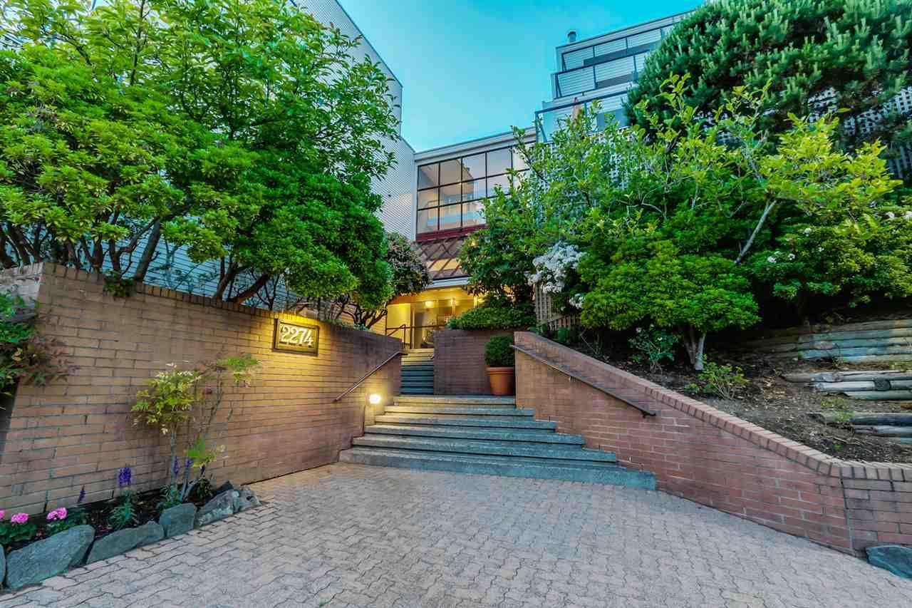 Condo Apartment at 111 2274 FOLKESTONE WAY, Unit 111, West Vancouver, British Columbia. Image 20