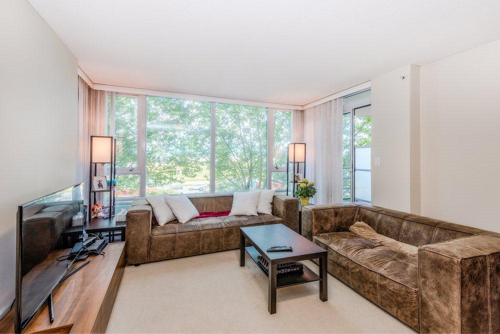 Condo Apartment at 305 9171 FERNDALE ROAD, Unit 305, Richmond, British Columbia. Image 5