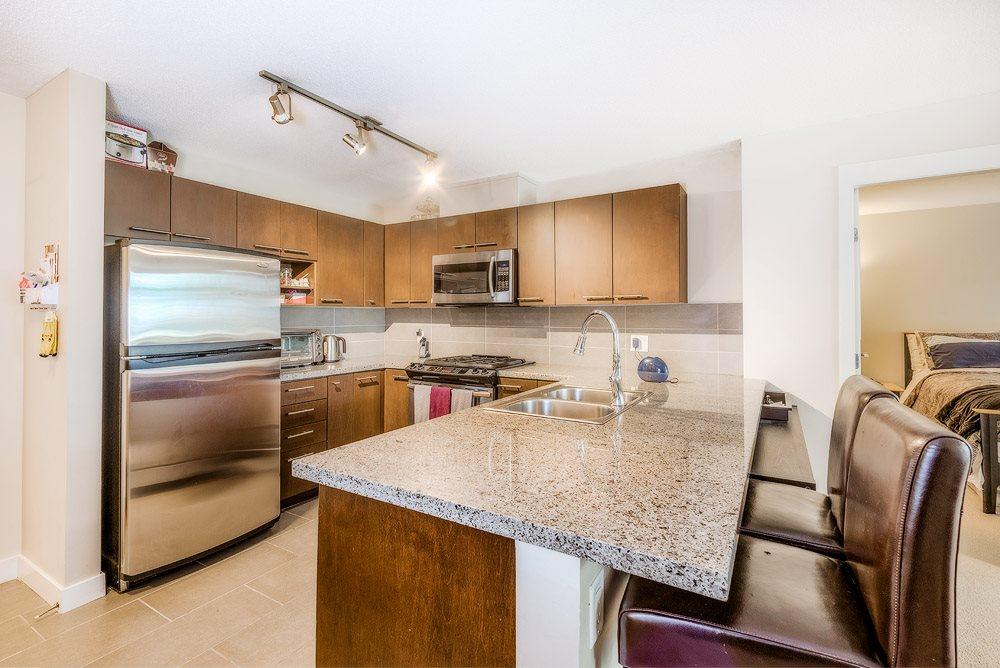 Condo Apartment at 305 9171 FERNDALE ROAD, Unit 305, Richmond, British Columbia. Image 6
