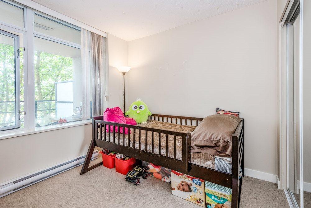 Condo Apartment at 305 9171 FERNDALE ROAD, Unit 305, Richmond, British Columbia. Image 14