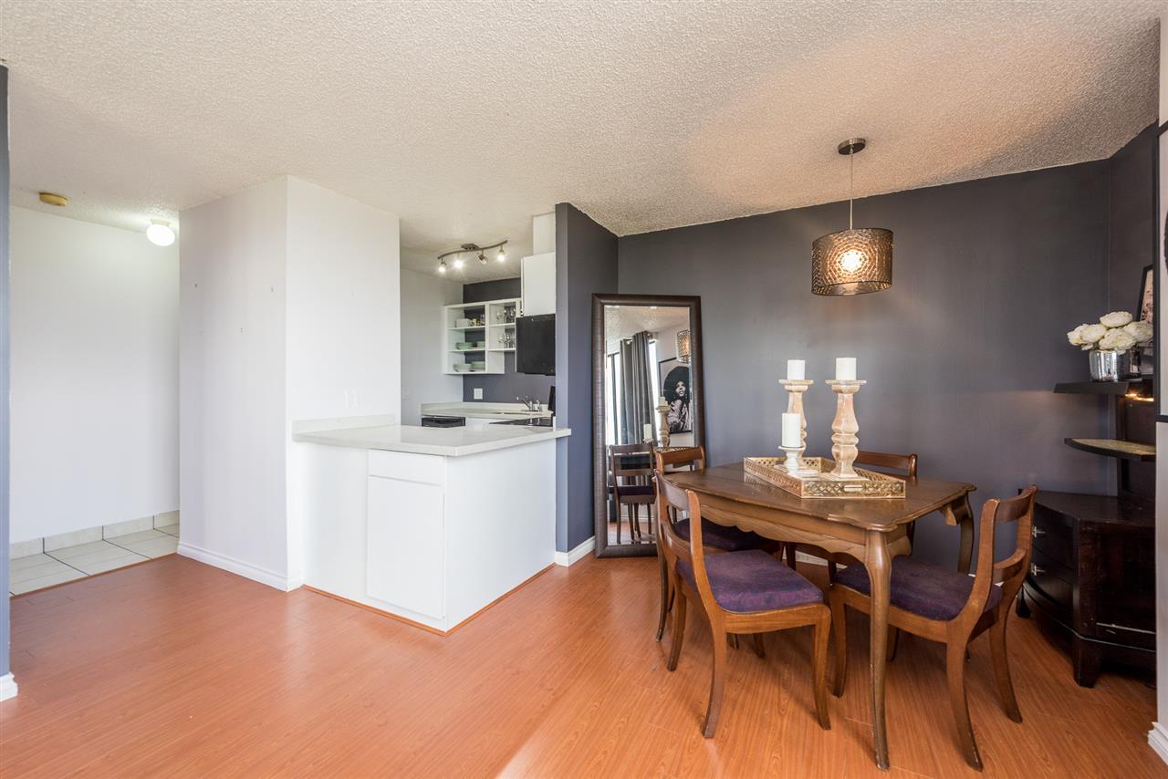 Condo Apartment at 1306 3970 CARRIGAN COURT, Unit 1306, Burnaby North, British Columbia. Image 8