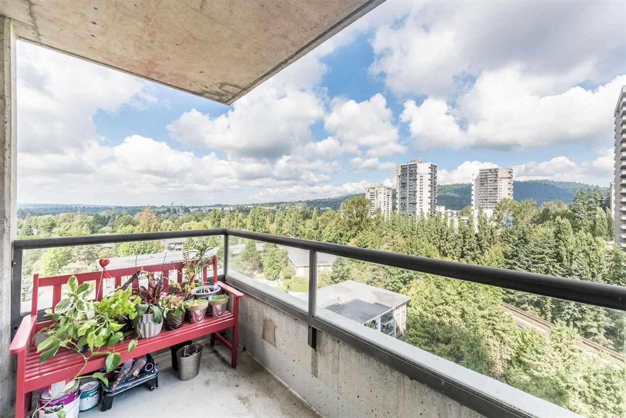 Condo Apartment at 1306 3970 CARRIGAN COURT, Unit 1306, Burnaby North, British Columbia. Image 13