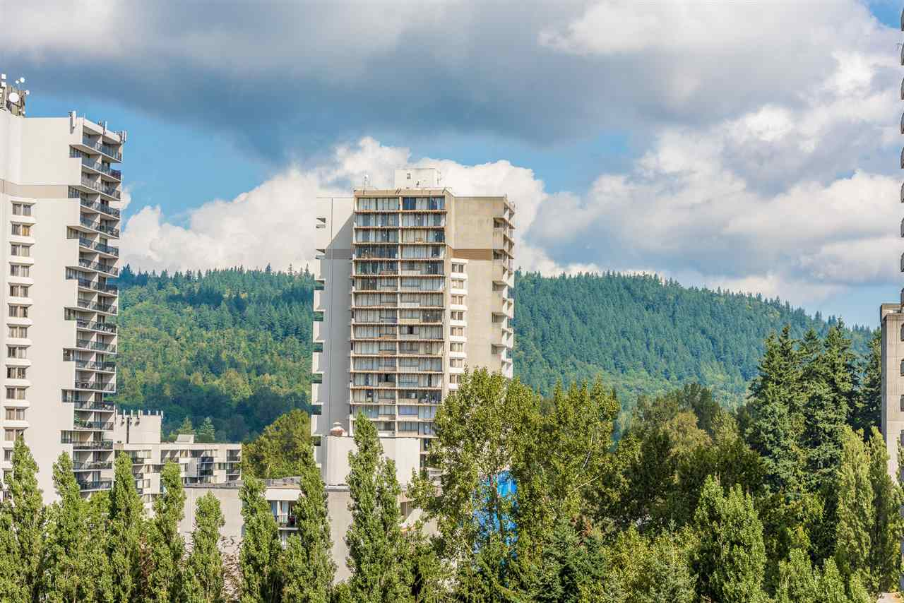 Condo Apartment at 1306 3970 CARRIGAN COURT, Unit 1306, Burnaby North, British Columbia. Image 16
