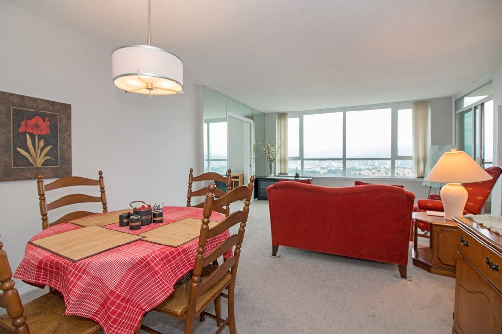 Condo Apartment at 1904 6055 NELSON AVENUE, Unit 1904, Burnaby South, British Columbia. Image 7