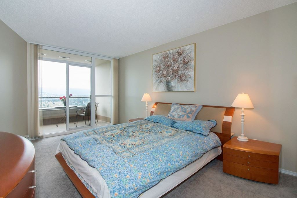 Condo Apartment at 1904 6055 NELSON AVENUE, Unit 1904, Burnaby South, British Columbia. Image 10