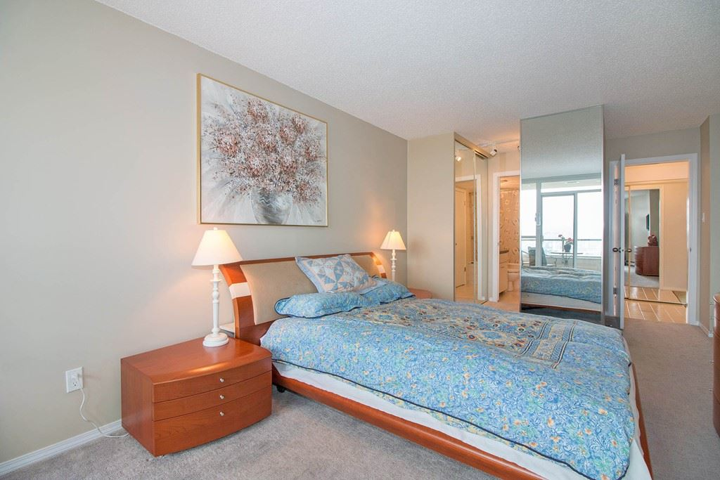 Condo Apartment at 1904 6055 NELSON AVENUE, Unit 1904, Burnaby South, British Columbia. Image 11