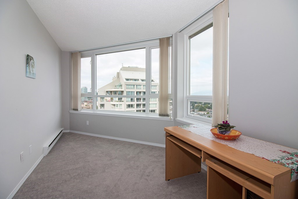Condo Apartment at 1904 6055 NELSON AVENUE, Unit 1904, Burnaby South, British Columbia. Image 14
