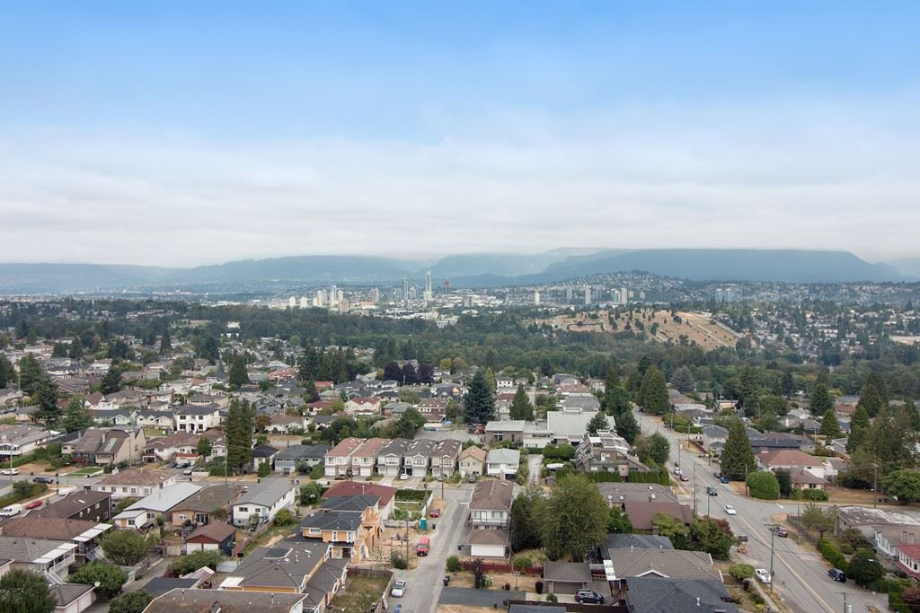Condo Apartment at 1904 6055 NELSON AVENUE, Unit 1904, Burnaby South, British Columbia. Image 20
