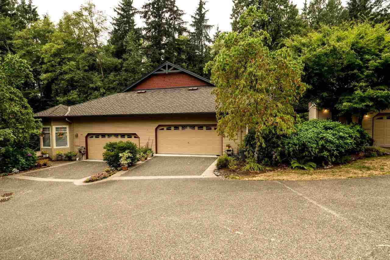 Townhouse at 1053 STRATHAVEN DRIVE, North Vancouver, British Columbia. Image 1