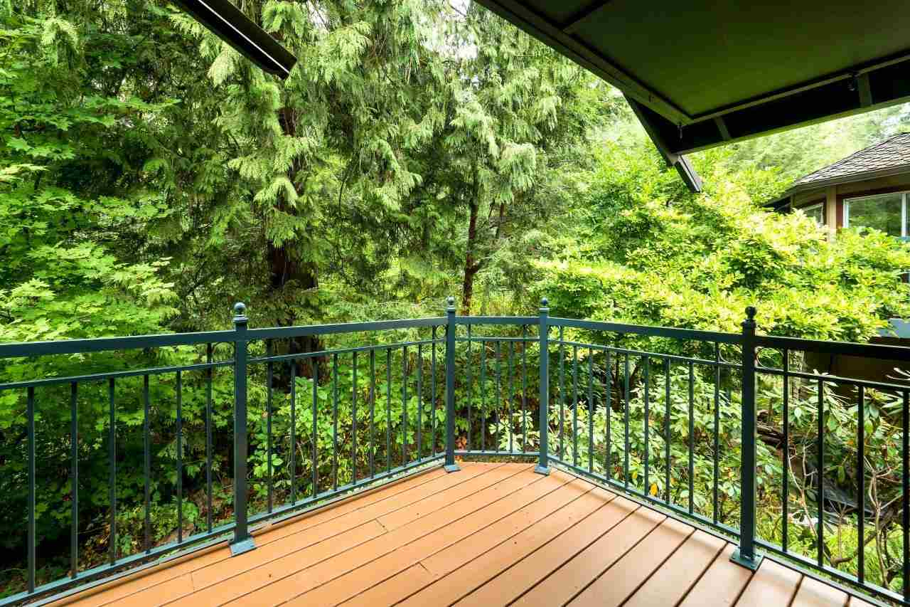 Townhouse at 1053 STRATHAVEN DRIVE, North Vancouver, British Columbia. Image 10