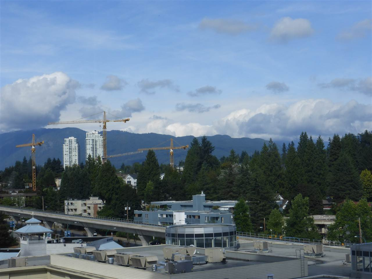 Condo Apartment at 1110 9888 CAMERON STREET, Unit 1110, Burnaby North, British Columbia. Image 4