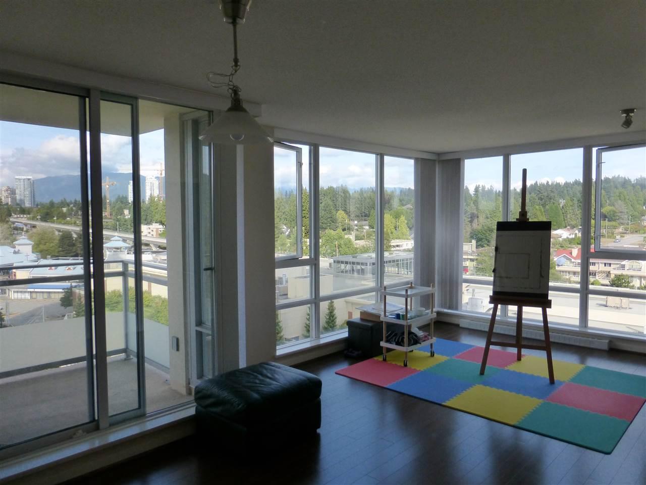 Condo Apartment at 1110 9888 CAMERON STREET, Unit 1110, Burnaby North, British Columbia. Image 7