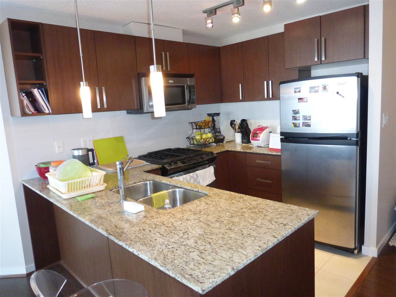 Condo Apartment at 1110 9888 CAMERON STREET, Unit 1110, Burnaby North, British Columbia. Image 10