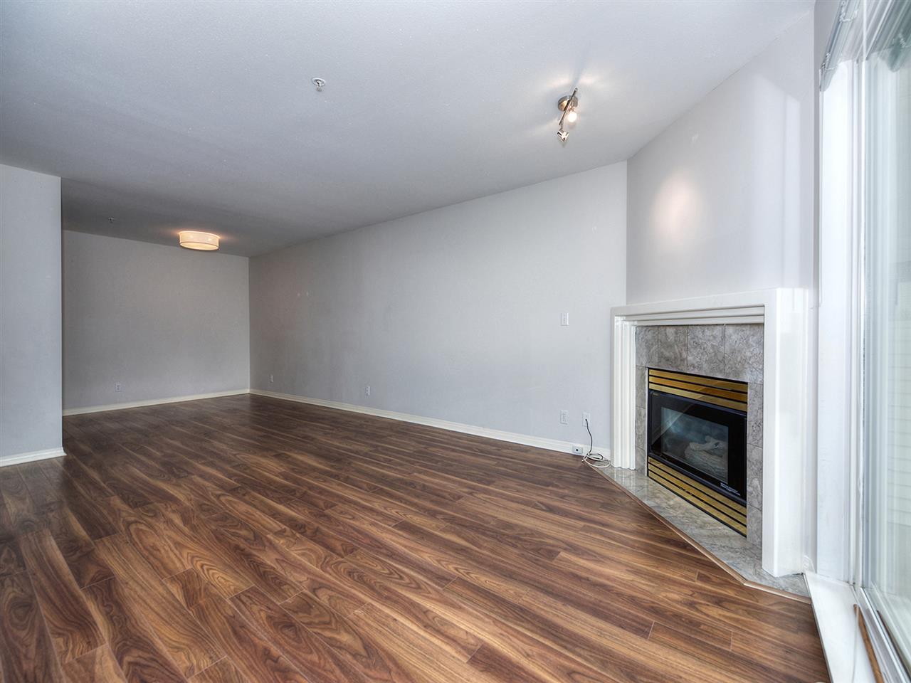 Condo Apartment at 203 4768 53 STREET, Unit 203, Ladner, British Columbia. Image 6