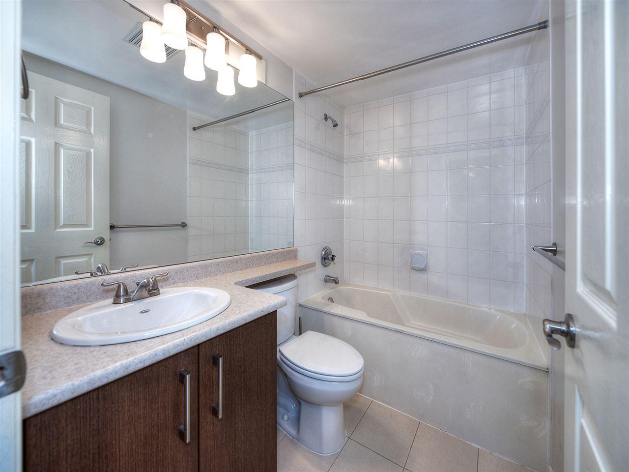 Condo Apartment at 203 4768 53 STREET, Unit 203, Ladner, British Columbia. Image 14
