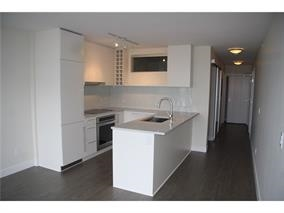 Condo Apartment at 1907 668 COLUMBIA STREET, Unit 1907, New Westminster, British Columbia. Image 2