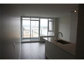 Condo Apartment at 1907 668 COLUMBIA STREET, Unit 1907, New Westminster, British Columbia. Image 4