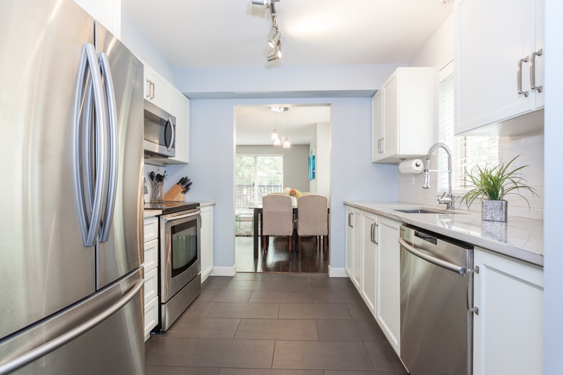 Townhouse at 21 3855 PENDER STREET, Unit 21, Burnaby North, British Columbia. Image 4