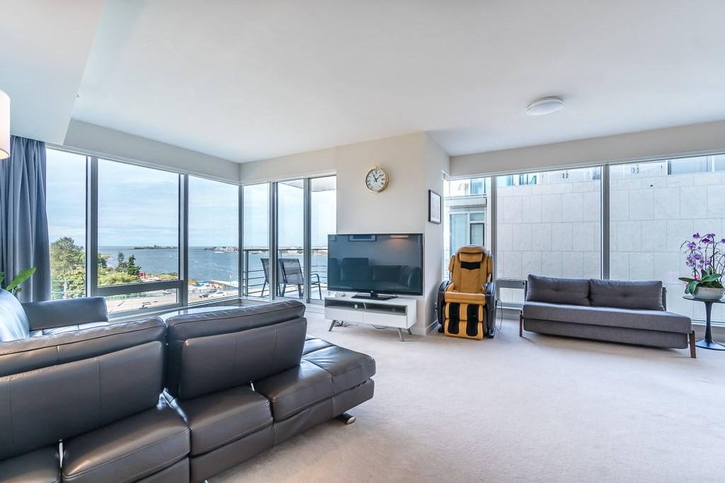 Condo Apartment at 701 5171 BRIGHOUSE WAY, Unit 701, Richmond, British Columbia. Image 4