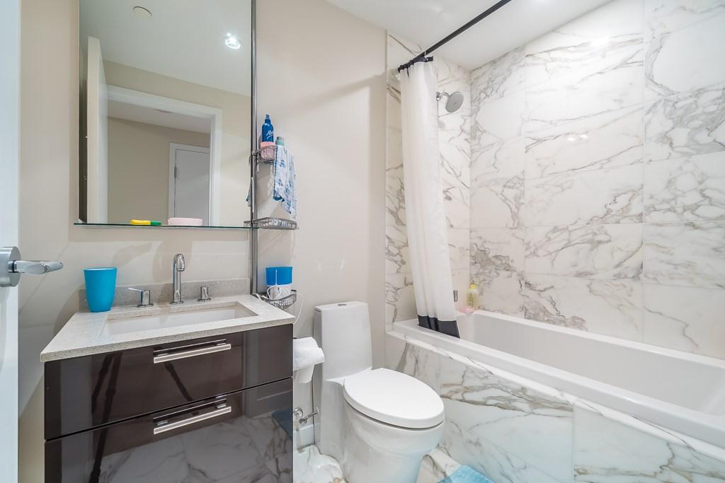 Condo Apartment at 701 5171 BRIGHOUSE WAY, Unit 701, Richmond, British Columbia. Image 13