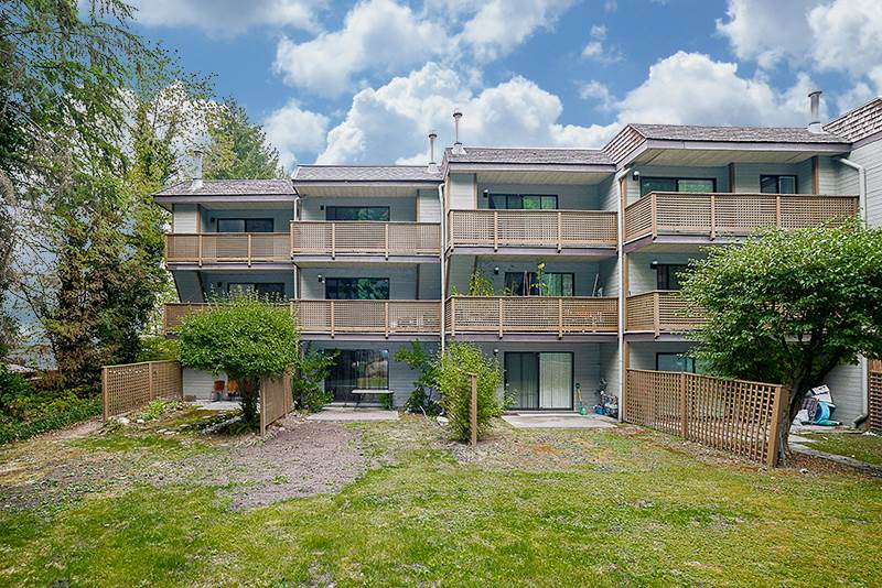 Townhouse at 2750 KINGSFORD AVENUE, Burnaby North, British Columbia. Image 2