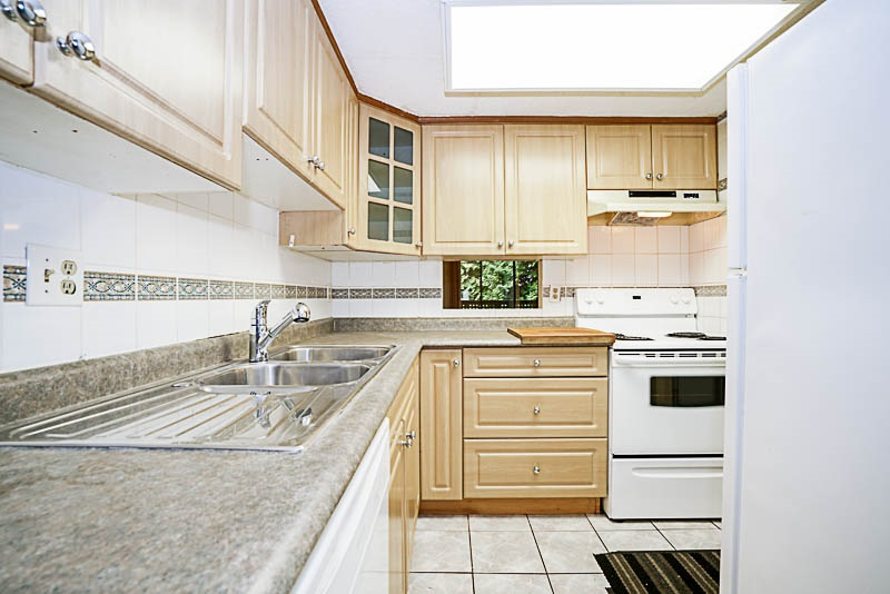 Townhouse at 2750 KINGSFORD AVENUE, Burnaby North, British Columbia. Image 6
