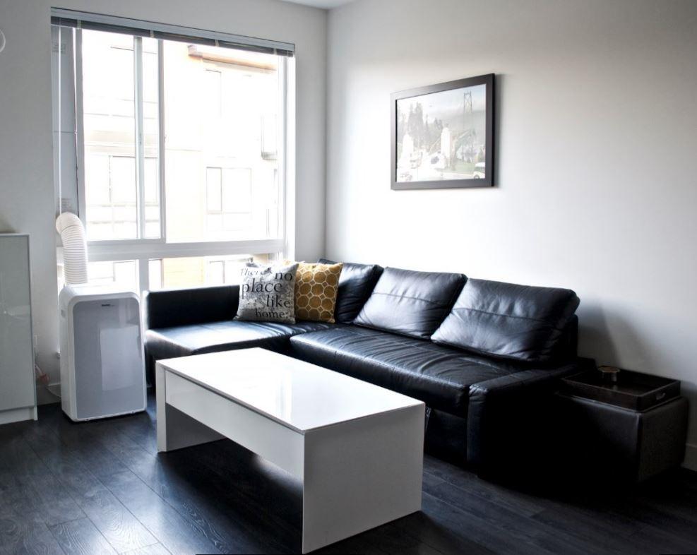 Condo Apartment at 517 733 W 3RD STREET, Unit 517, North Vancouver, British Columbia. Image 4