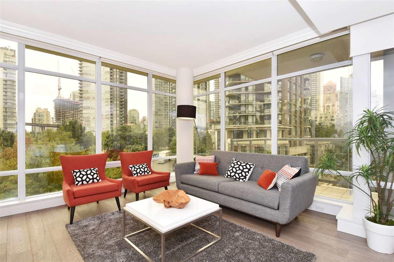 Condo Apartment at 603 428 BEACH CRESCENT, Unit 603, Vancouver West, British Columbia. Image 3