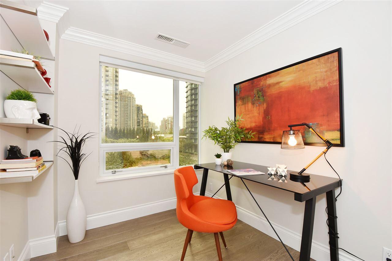 Condo Apartment at 603 428 BEACH CRESCENT, Unit 603, Vancouver West, British Columbia. Image 15