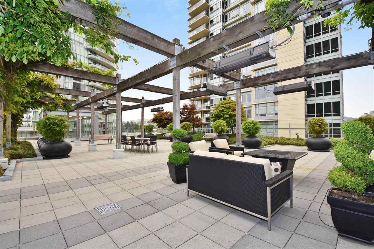Condo Apartment at 603 428 BEACH CRESCENT, Unit 603, Vancouver West, British Columbia. Image 18